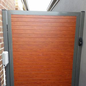 Knotwood Aluminium Gates